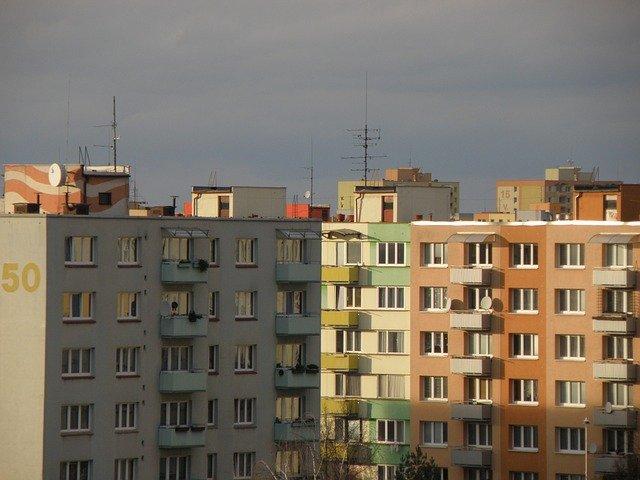 Proč se lidé bojí v paneláku klimatizace
