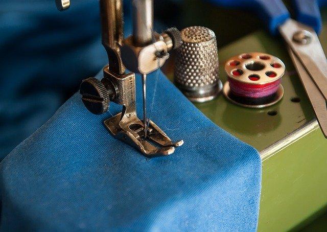 Doba největší slávy šicích strojů je nenávratně pryč