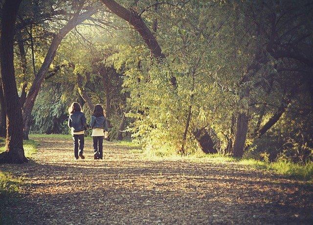 holčičky na procházce